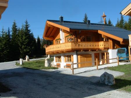 Te huur bungalow chalet huis vrijstaand huis villa for Huizen te koop oostenrijk tirol