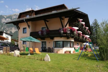 Te huur appartement huis 39 ostbacher stern 39 tirol oost for Appartement te koop oostenrijk tirol